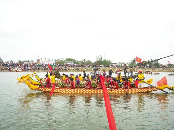 Quang-tri-nhung le-hoi-dac-sac-dam-nghia-tinh3