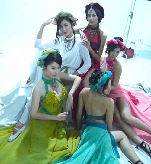 doc-chieu-dung-my-nhan-ke-cuop-tai-san-cua-chu-quan-banh-ran3